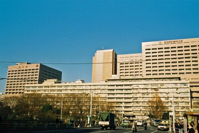 父が大学病院から地元の病院に転院しました